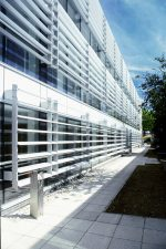 Innovation-Centre-brise-soleil